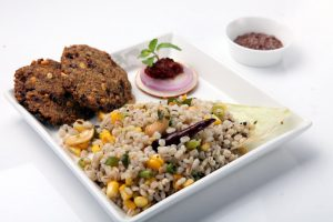 CORN AND BARLEY TEMPERED RICE WITH FLAX SEEDS VADA